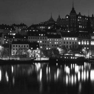 輸入壁紙 カスタム壁紙 PHOTOWALL / Lights in Stockholm - b/w (e1499)