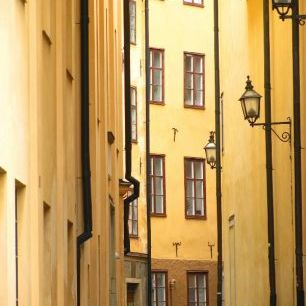 輸入壁紙 カスタム壁紙 PHOTOWALL / Narrow Alley of Stockholm Old Town (e22133)
