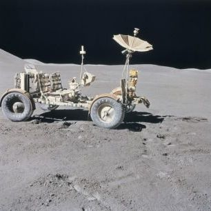 輸入壁紙 カスタム壁紙 PHOTOWALL / Lunar Vehicle on the Moon (e24596)