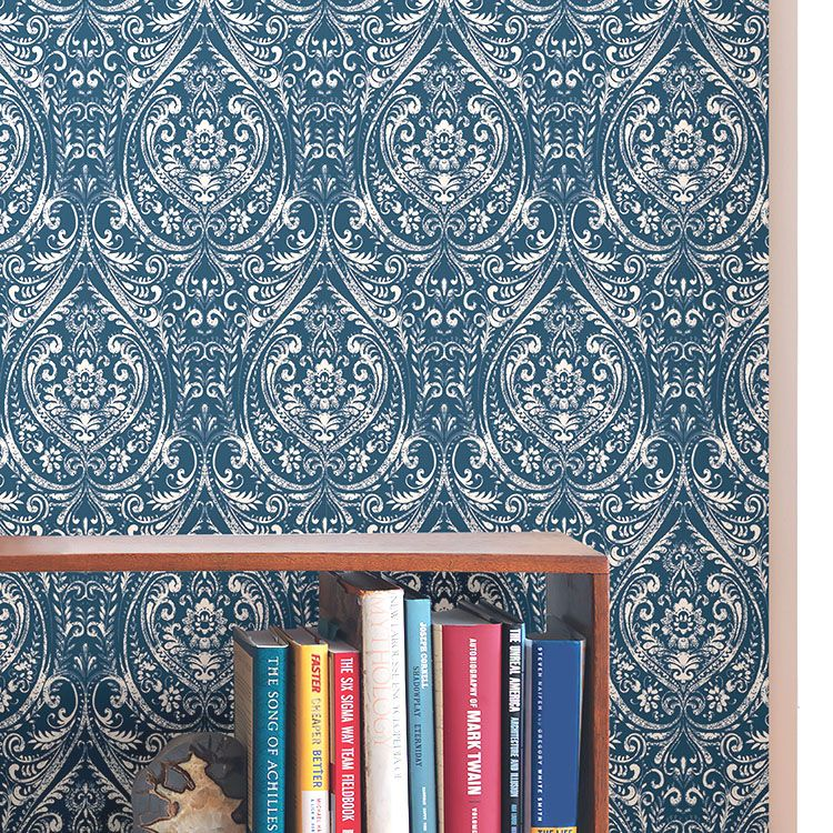 はがせる 壁紙 シール 「NUWALLPAPER」 Bohemian Damask Indigo Peel and Stick Wallpaper / NU1689