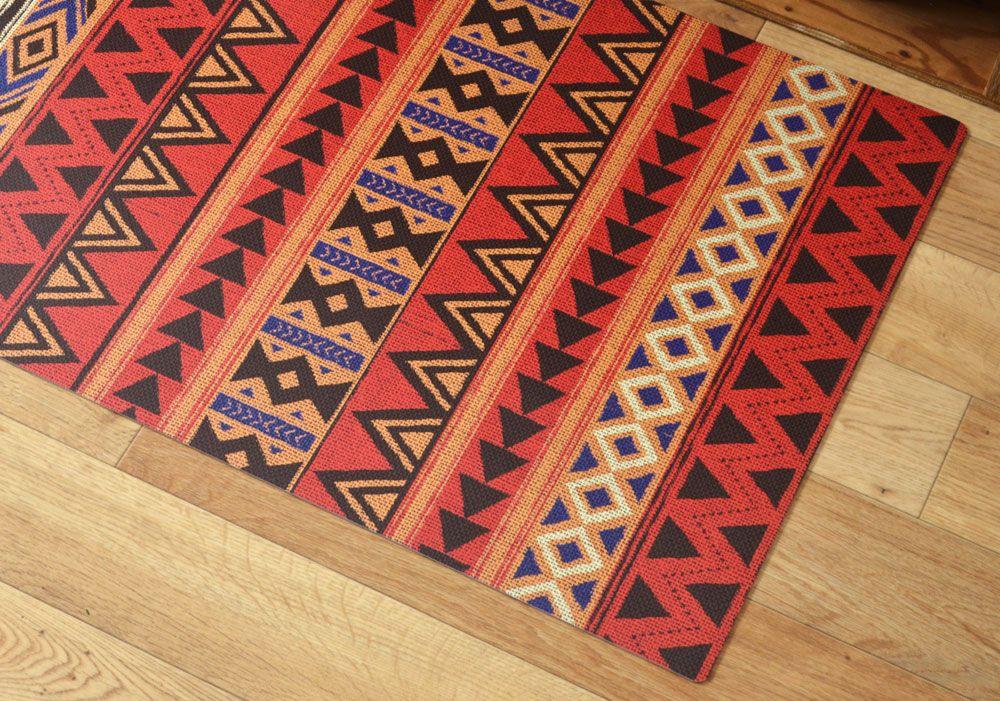 African 02 ざっくりした布のテクスチャーに カラフルパターンを合わせたデザイン