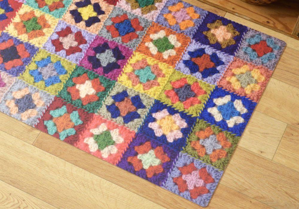 Motif Crochet グラニー編みのモチーフをつないだ カラフルクロッシェデザイン