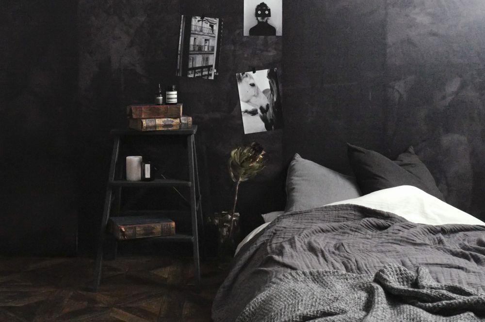 blackint-bedroom